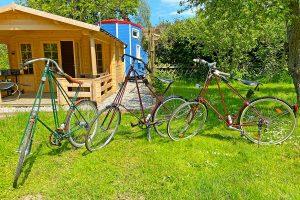 Pedersen Fahrräder auf Hof Lindegaard, Satow, LK Rostock